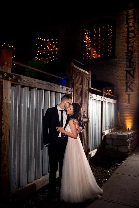 Helsinki Hudson Wedding : Rena & Dan - Custom by Nicole